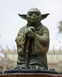Yoda's Materializations / Matérialisations de Yoda