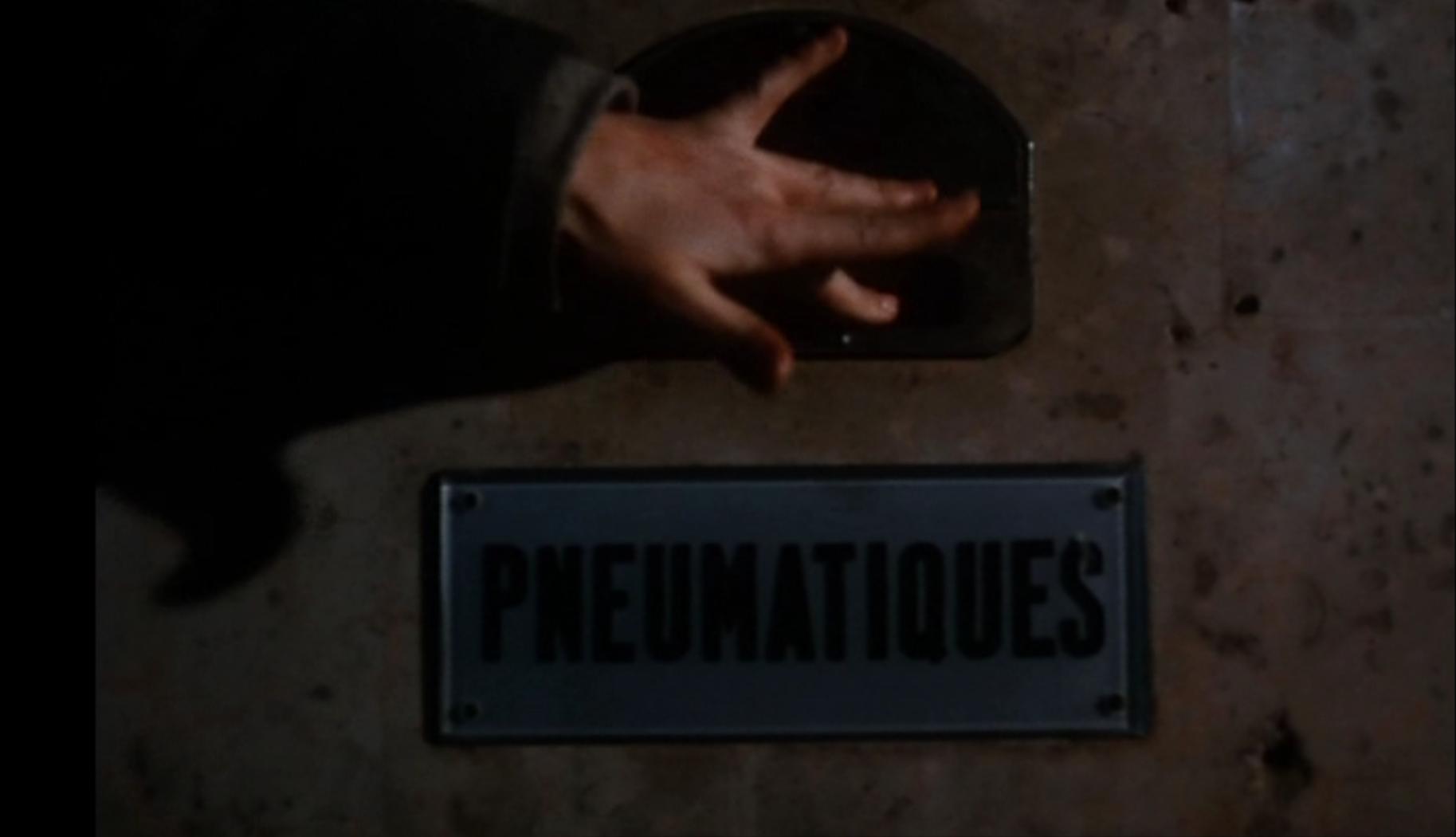 Pneumatique, espace et communication dans Baisers volés (F. Truffaut)