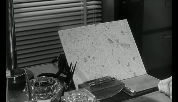 Le deuxième souffle (Jean-Pierre Melville) : un plan de Paris pour localiser des truands / a Paris Map to Localize Mobsters